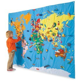 Giant_world_map